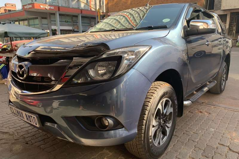Mazda BT-50 3.2 double cab 4x4 SLE auto 2017