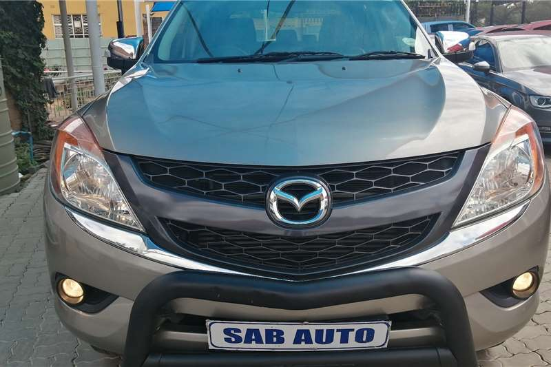 Mazda BT-50 3.2 double cab SLE 2015