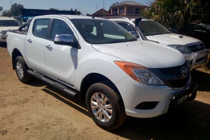 2015 Mazda BT-50 3000D double cab SLE