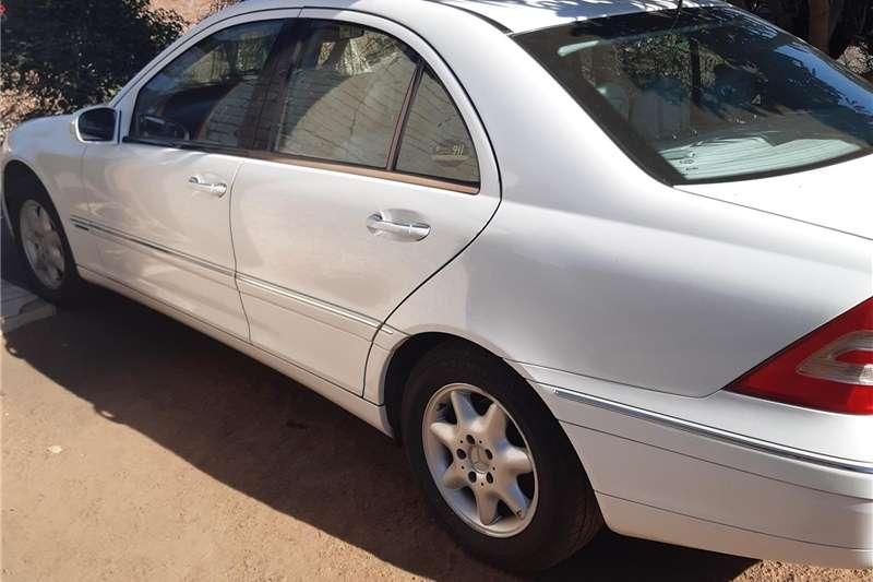 Mercedes Benz 180C 2001