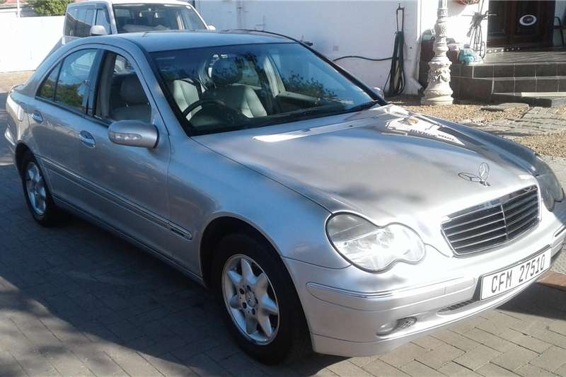 Mercedes Benz 180C 2003