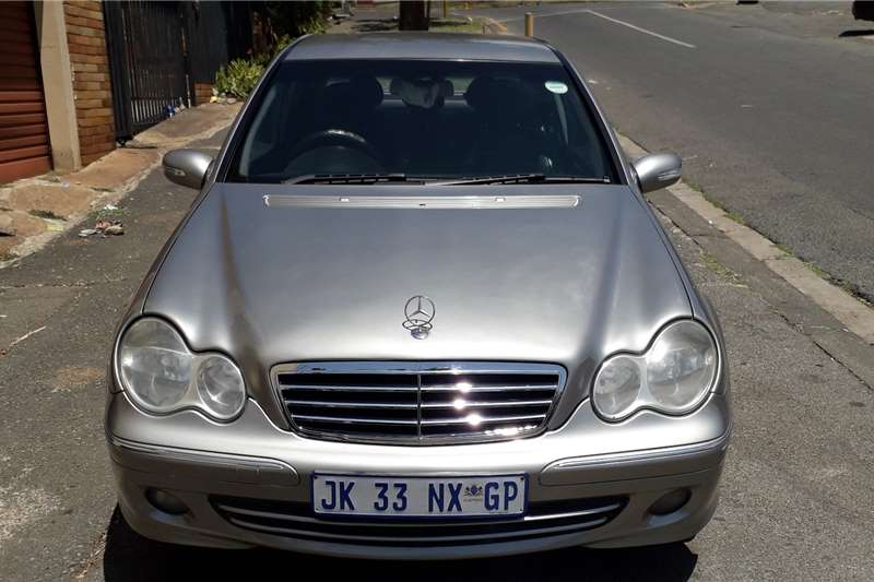 Mercedes Benz 180C 4 door 2006