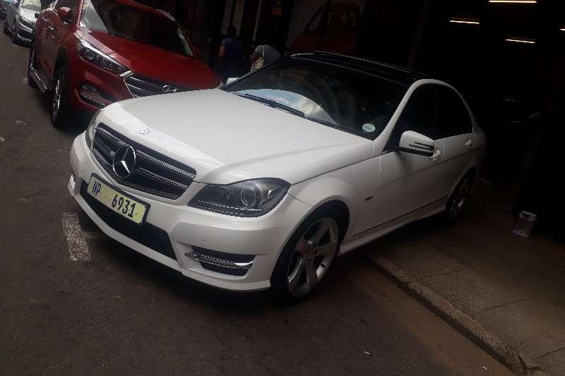 Mercedes Benz 180C Edition C Automatic 2014