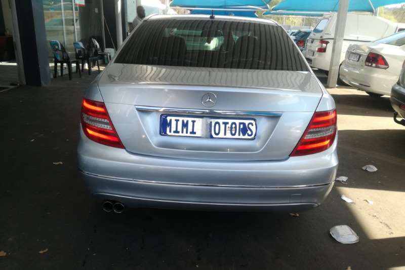 Mercedes Benz 180C face lift auto 2011
