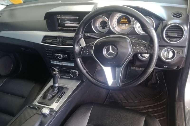 Mercedes Benz 180C face lift auto 2011