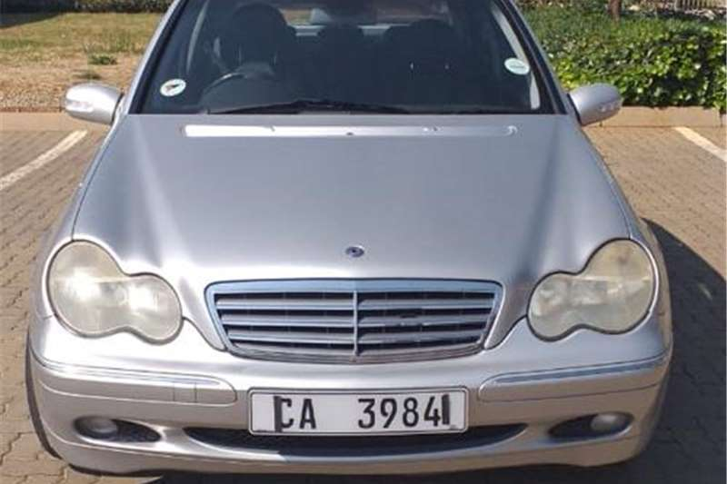 Mercedes Benz 200D 2002