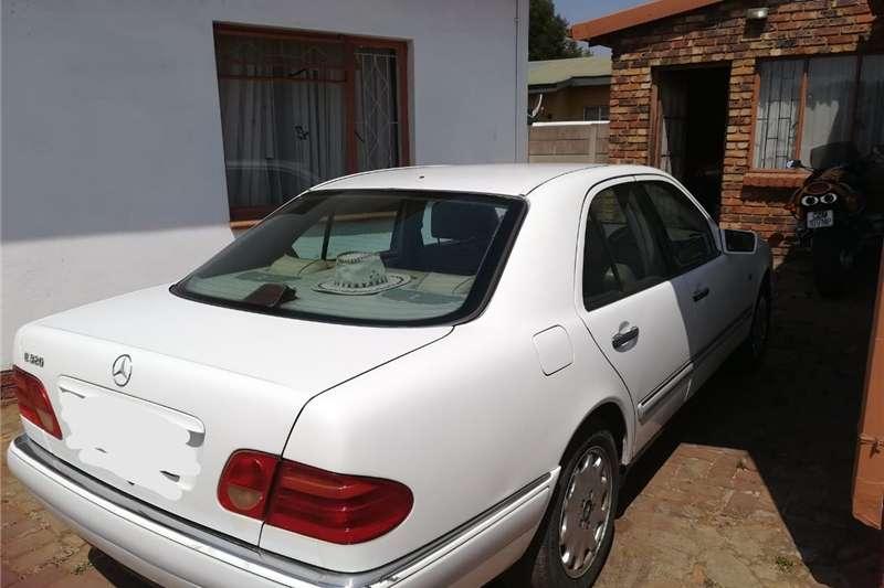 Mercedes Benz 200E 1998