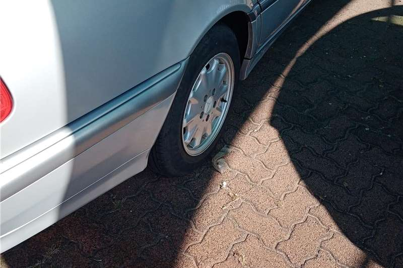 Used 1998 Mercedes Benz 200S