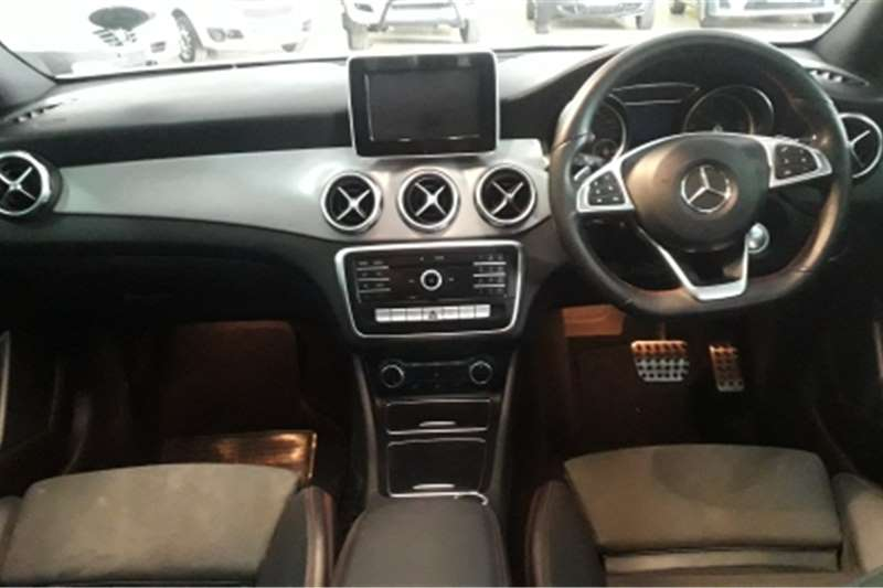 2019 Mercedes Benz 200S
