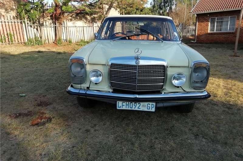 Mercedes Benz 220B 1972