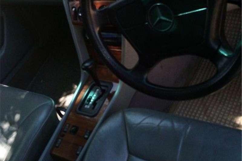 1994 Mercedes Benz 220B