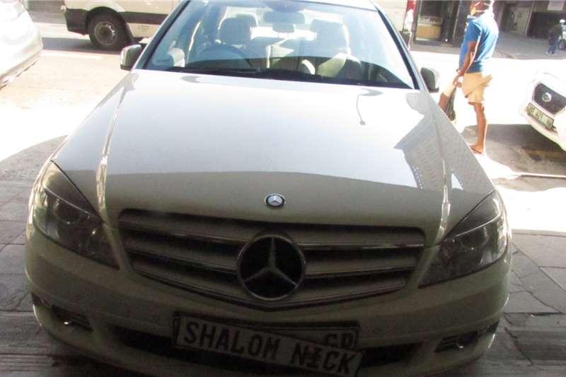 Mercedes Benz 220D 2011