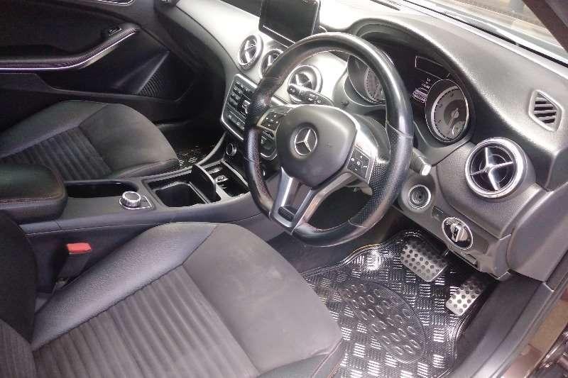 Mercedes Benz 220D 2014