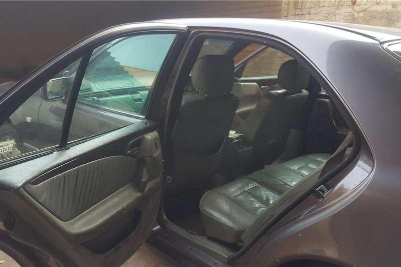 Mercedes Benz 230E 1998