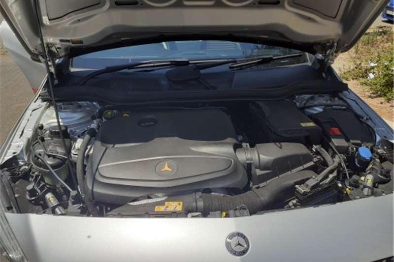 Mercedes Benz 250S 4 doors Automatic 2013