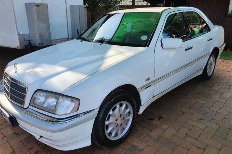 Mercedes Benz 280C 1999 Merc C280 Elegance Auto for R39950 1999
