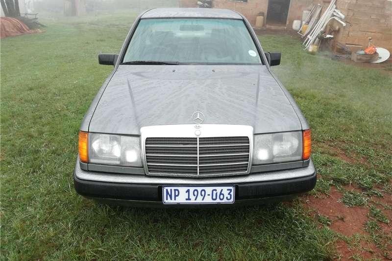 Mercedes Benz 300E 1988