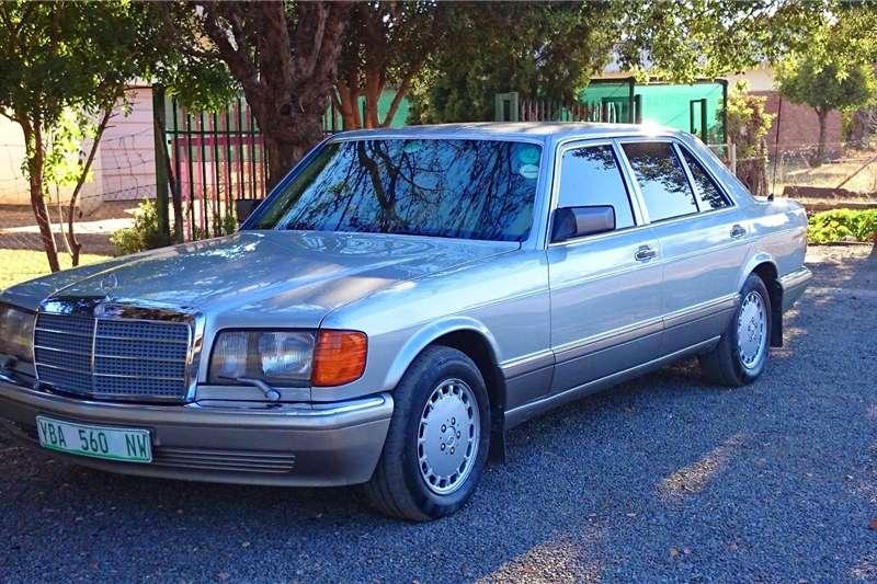 Mercedes Benz 560SEL 1990