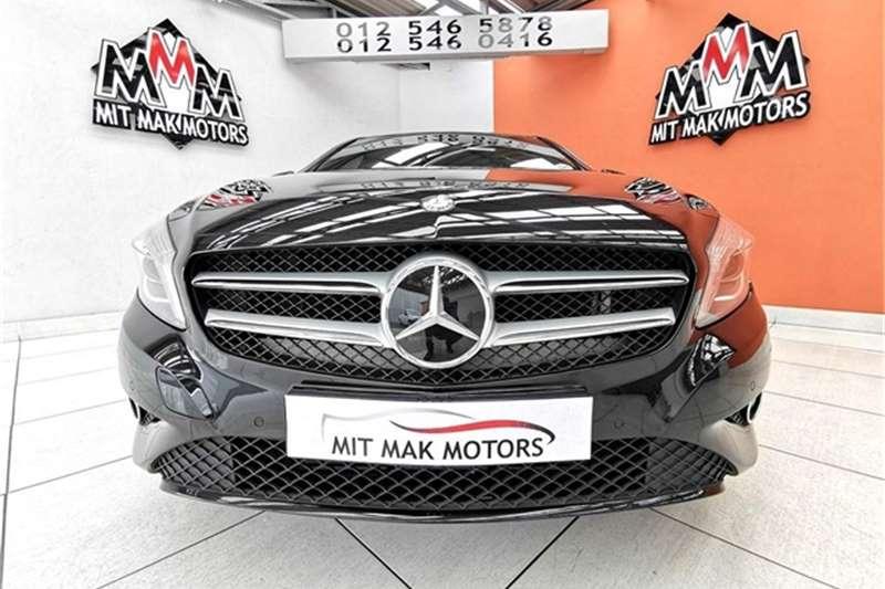 Mercedes Benz A Class 200 Urban auto 2015