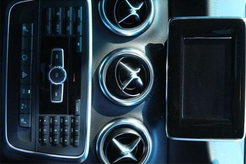 Mercedes Benz A Class A180 Classic auto 2013