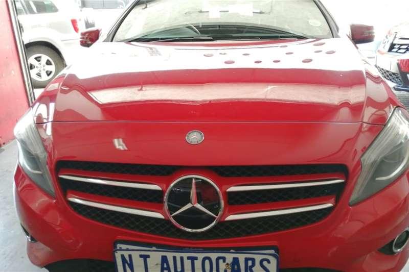 Mercedes Benz A-Class Hatch A 200 A/T 2014