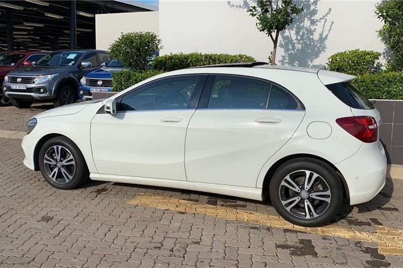 Mercedes Benz A-Class Hatch A 200 A/T 2016
