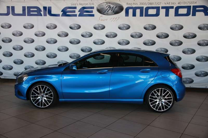 Mercedes Benz A-Class Hatch A 200d A/T 2013