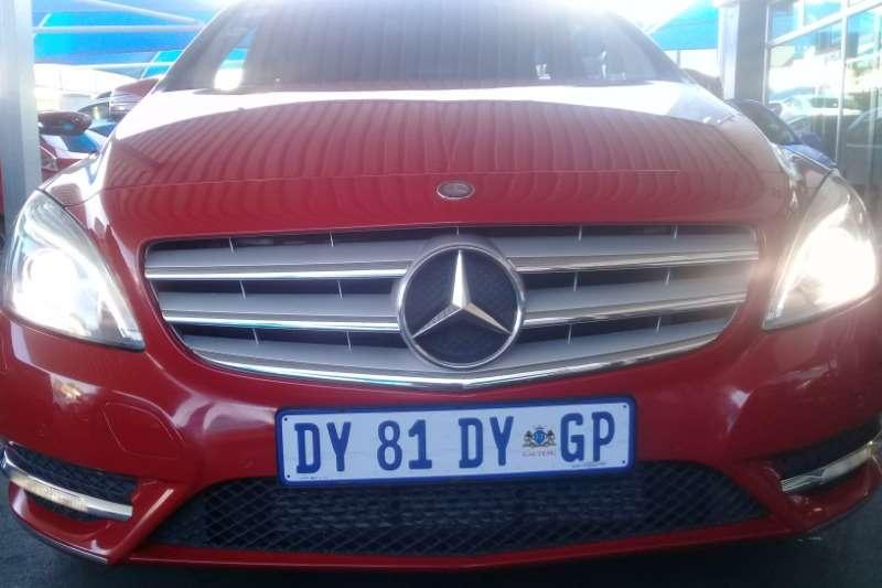 Mercedes Benz B Class B180 Autotronic 2013