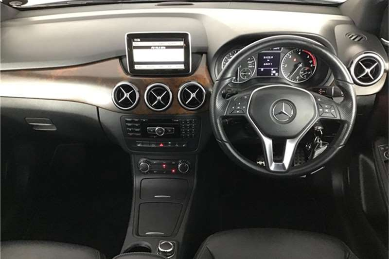 Mercedes Benz B Class B200CDI auto 2012