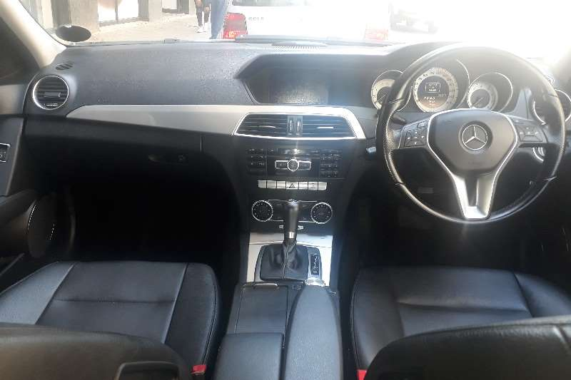 Mercedes Benz C-Class C180 Edition C Auto 2012