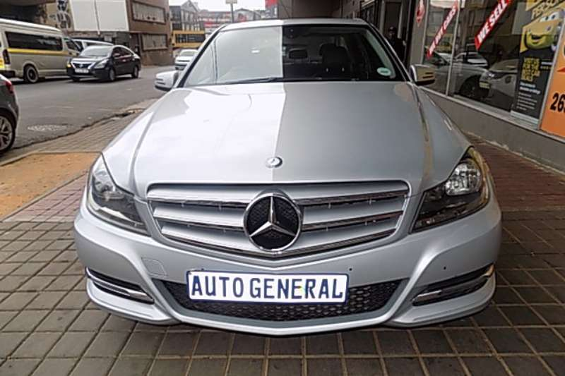 Mercedes Benz C Class C180 estate Avantgarde auto 2011
