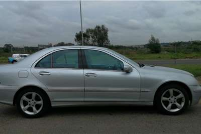 Mercedes Benz C Class C180 estate Elegance auto 2006