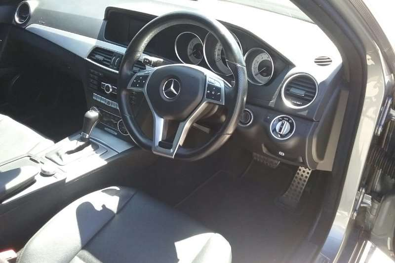 Mercedes Benz C Class C180CGI Avantgarde AMG Sports Touchshift 2012