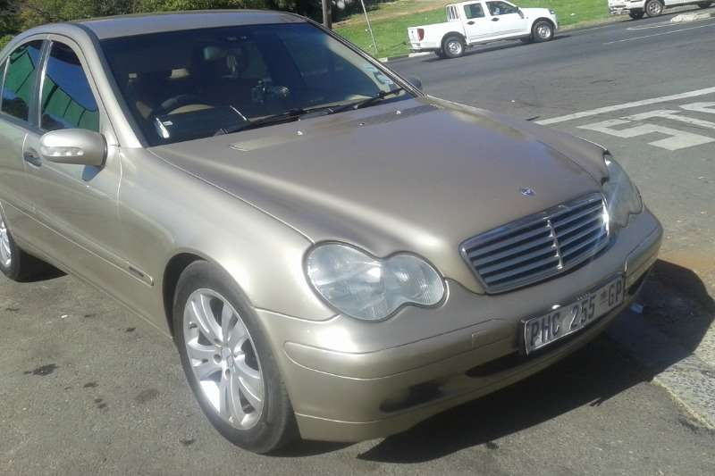 Mercedes Benz C Class C200 2004