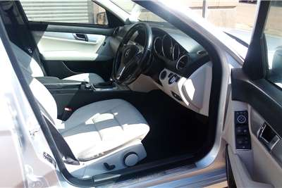 2011 Mercedes Benz C Class C200 auto