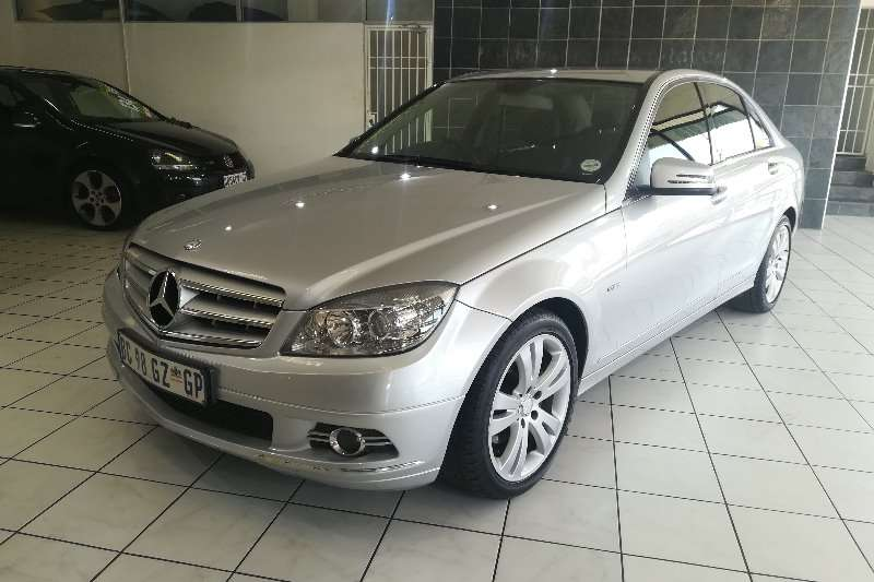 Mercedes Benz C-Class C200 CGi BE Avantgarde A.t (One owner) 2010