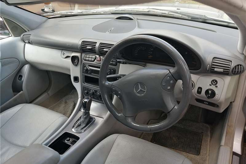 Mercedes Benz C-Class C200 Edition C 2004