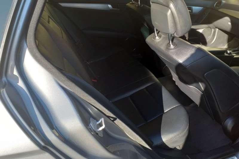 Mercedes Benz C Class C200 estate auto 2011