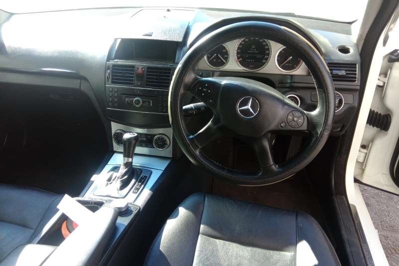 Used 2009 Mercedes Benz C Class C220CDI Classic auto