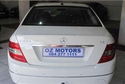 Mercedes Benz C Class C220CDI Classic auto 2011