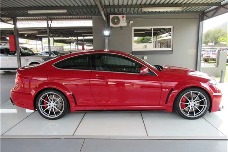 C63 Amg Black Series For Sale >> Mercedes Benz C Class C63 Amg Coupe Black Series