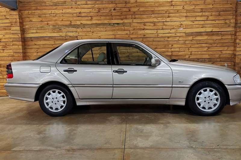 1999 Mercedes Benz C Class C200 Elegance auto