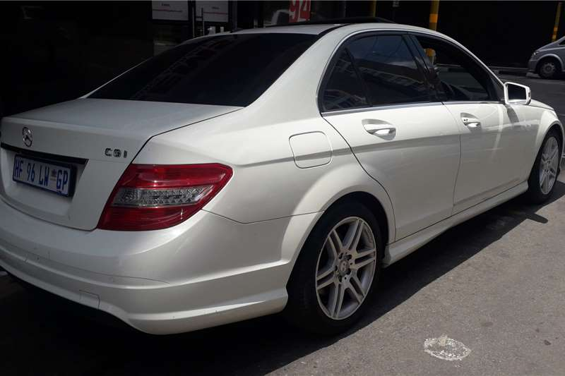 2011 Mercedes Benz C Class C200CGI Elegance