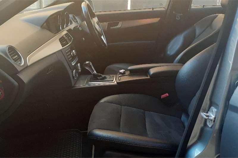 Mercedes Benz C-Class Mercedes Benz C200 CGi auto petrol 2013