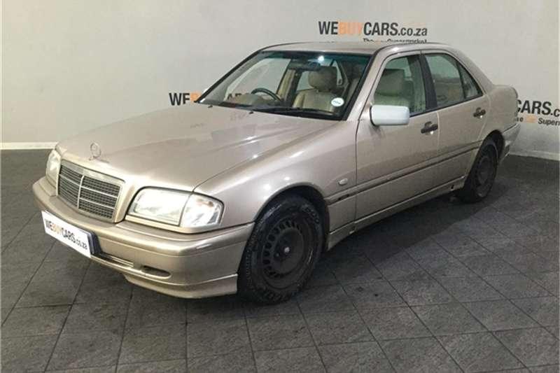 Mercedes Benz C-Class Sedan 2000
