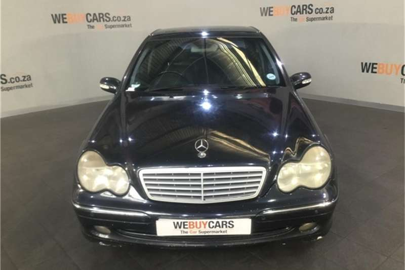 Mercedes Benz C-Class sedan 2003