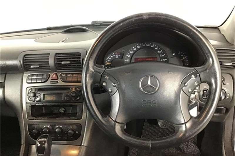 Mercedes Benz C-Class Sedan 2003