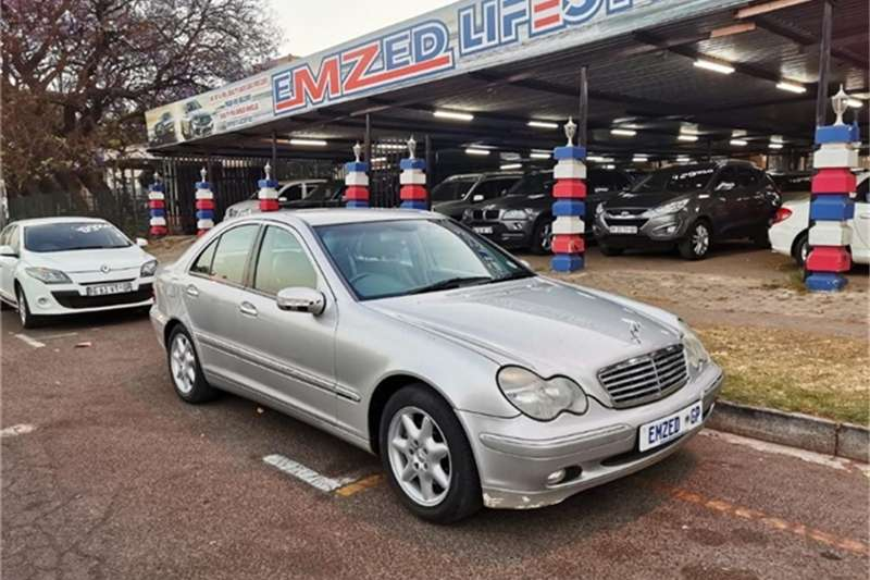 Mercedes Benz C-Class Sedan C 270 CDI ELEGANCE A/T 2001