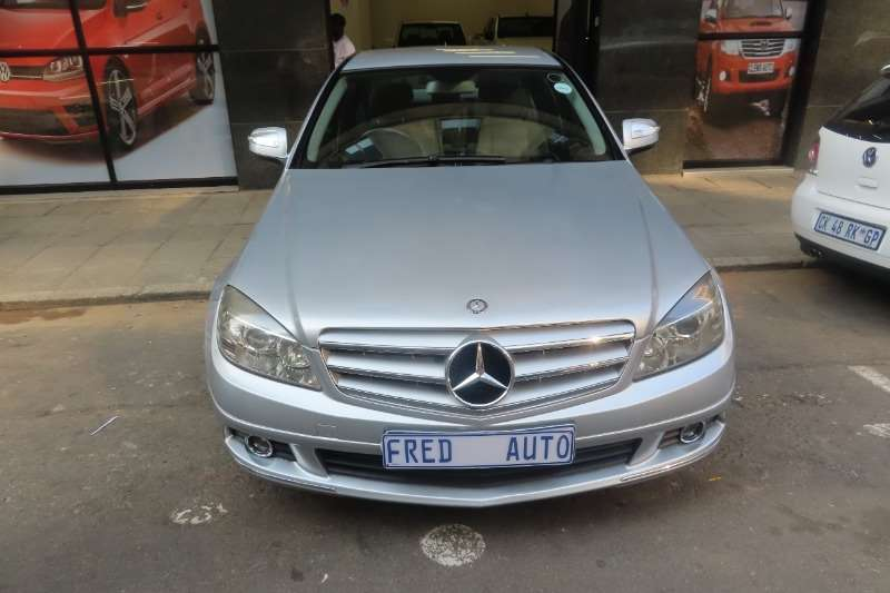Mercedes Benz C-Class Sedan C180 A/T 2008