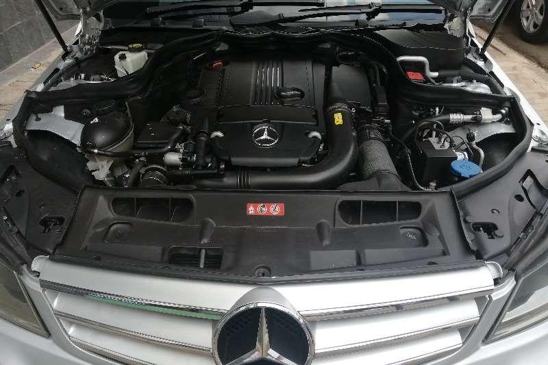 Mercedes Benz C-Class sedan C180 A/T 2011